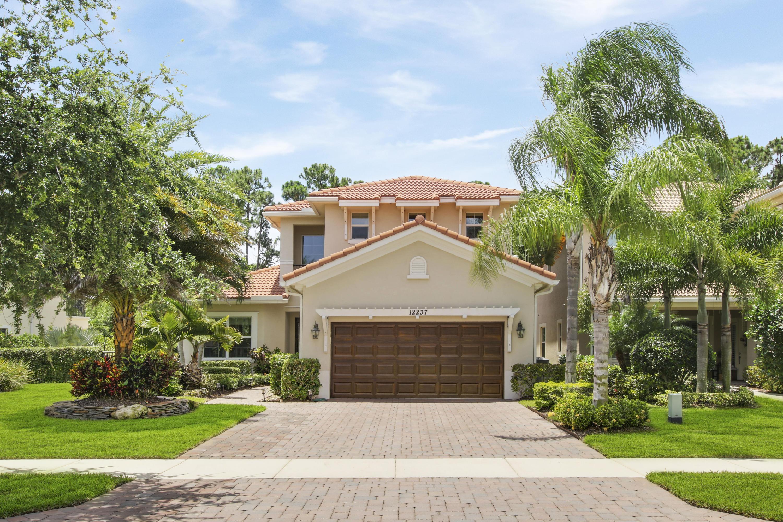 12237 Aviles Circle Palm Beach Gardens FL 33418