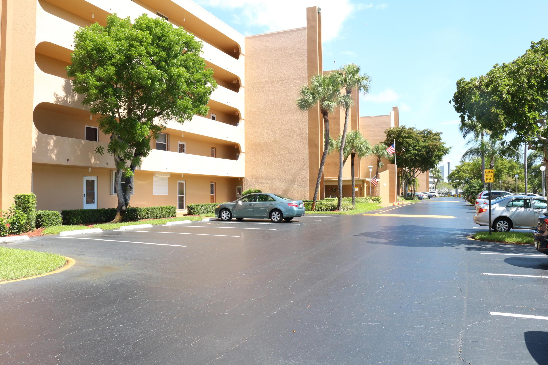 6461 Nw 2 Avenue #211 Boca Raton, FL 33487