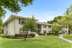 1901 Sabal Ridge Court, C, Palm Beach Gardens, FL 33418