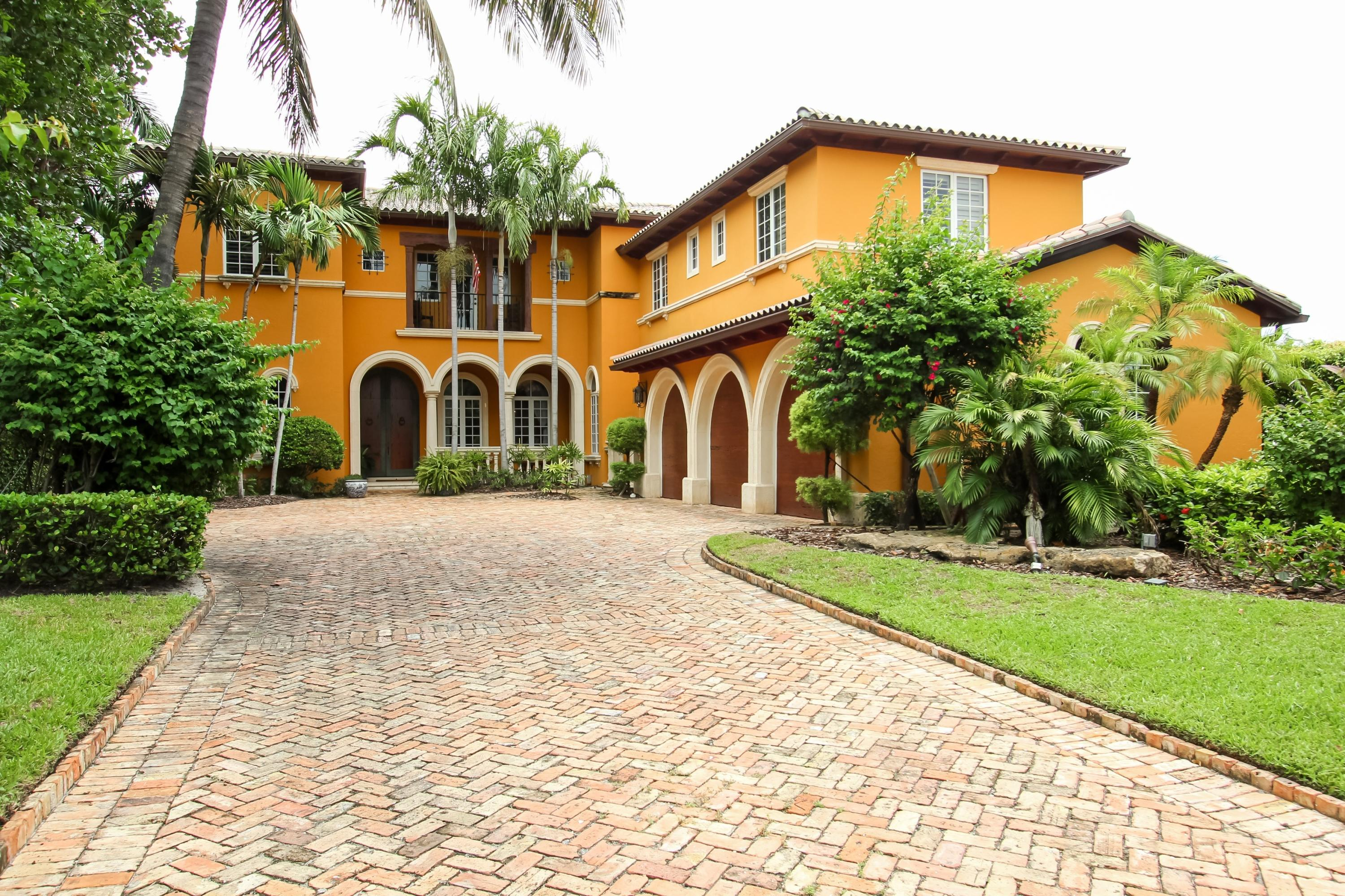 Home for sale in Prospect Park South In Pb 7 Pgs 59, 60 And 66 West Palm Beach Florida
