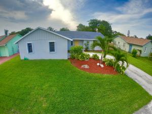 215 Elaine Circle W, West Palm Beach, FL 33409