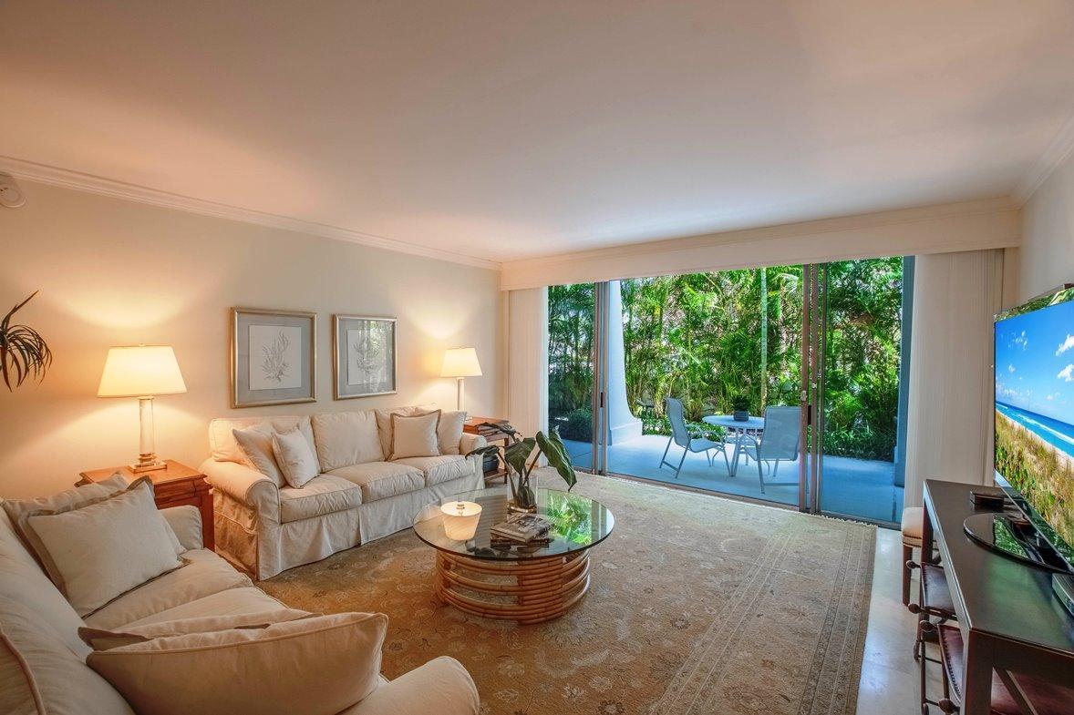 Palm Beach- Florida 33480, 2 Bedrooms Bedrooms, ,2 BathroomsBathrooms,Residential,For Sale,Ocean,RX-10530244