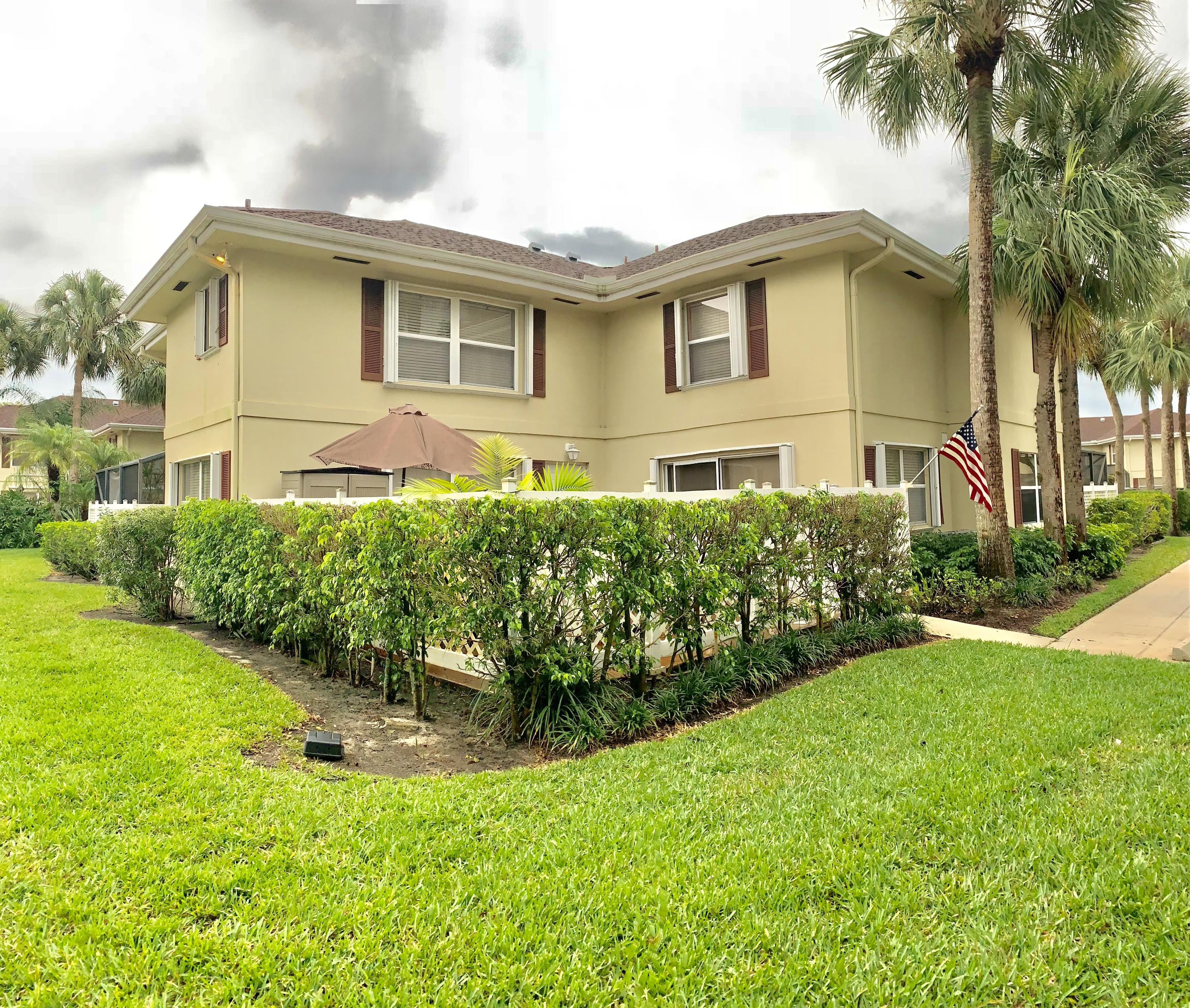 Royal Palm Beach- Florida 33411, 2 Bedrooms Bedrooms, ,2 BathroomsBathrooms,Residential,For Sale,Amherst,RX-10530257