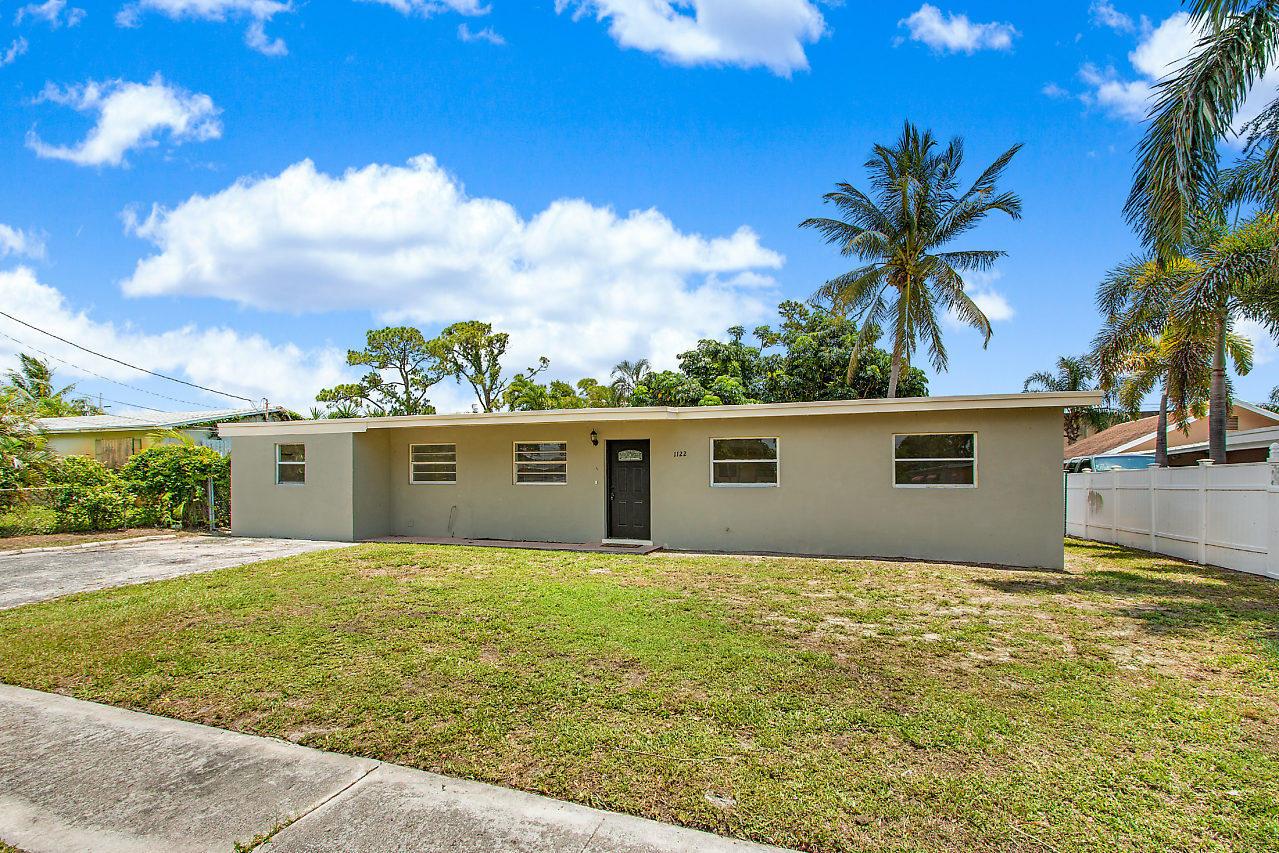 Lake Worth- Florida 33461, 4 Bedrooms Bedrooms, ,2 BathroomsBathrooms,Residential,For Sale,Lake Geneva,RX-10530303
