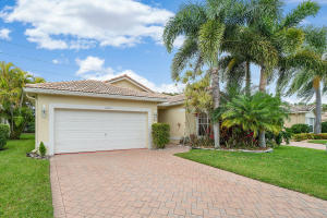 10295 W Utopia Circle, Boynton Beach, FL 33437