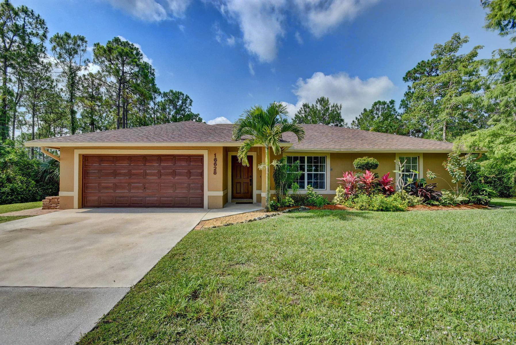 Loxahatchee- Florida 33470, 3 Bedrooms Bedrooms, ,2 BathroomsBathrooms,Residential,For Sale,82nd,RX-10530427