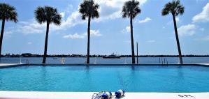 2600 N Flagler Drive, 102, West Palm Beach, FL 33407