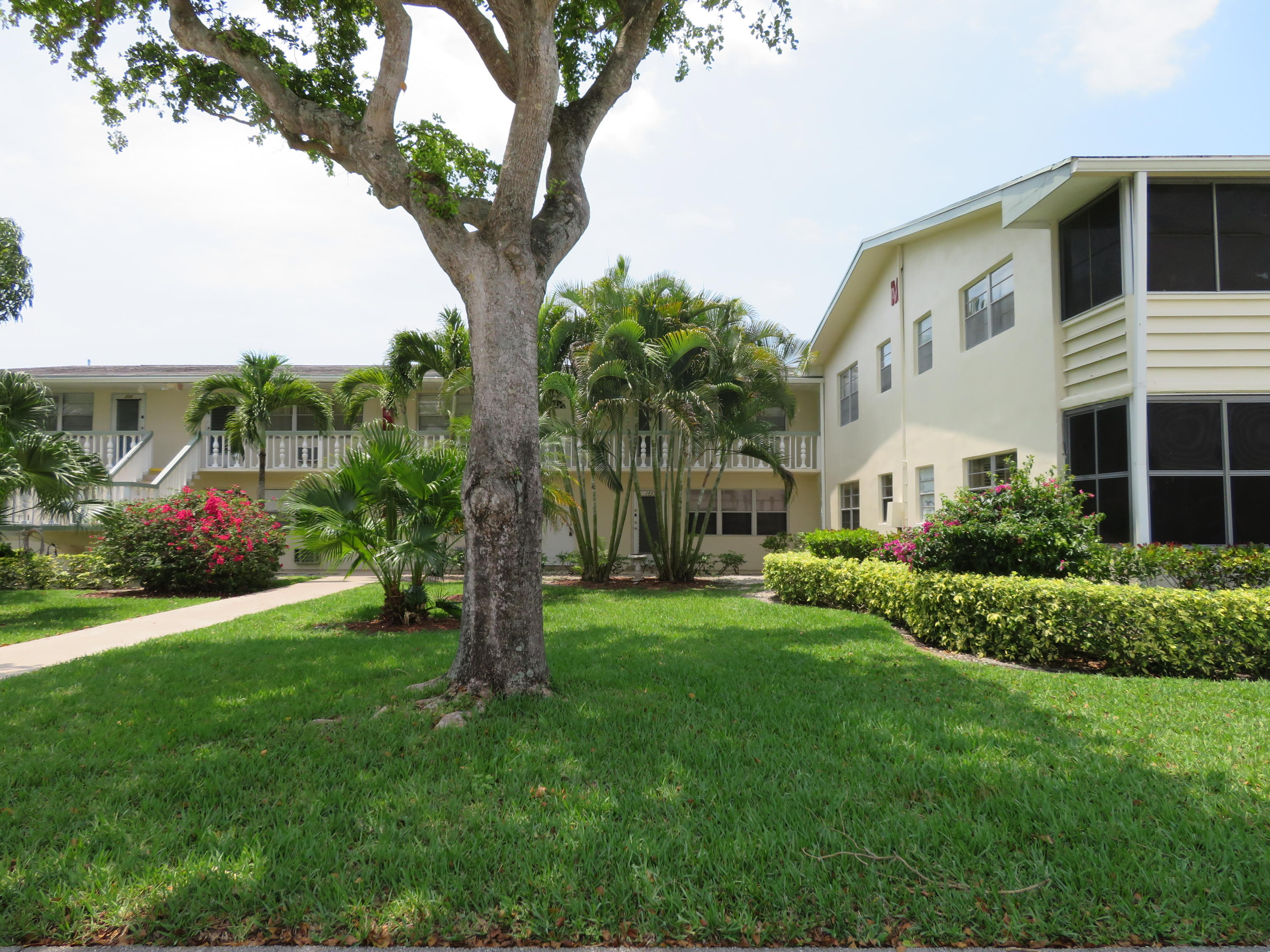 West Palm Beach- Florida 33417, 1 Bedroom Bedrooms, ,1 BathroomBathrooms,Residential,For Sale,Windsor M,RX-10530782