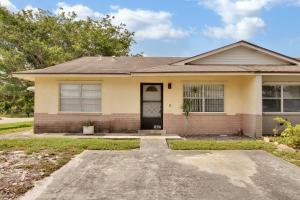 3882 Chapel Street, West Palm Beach, FL 33403