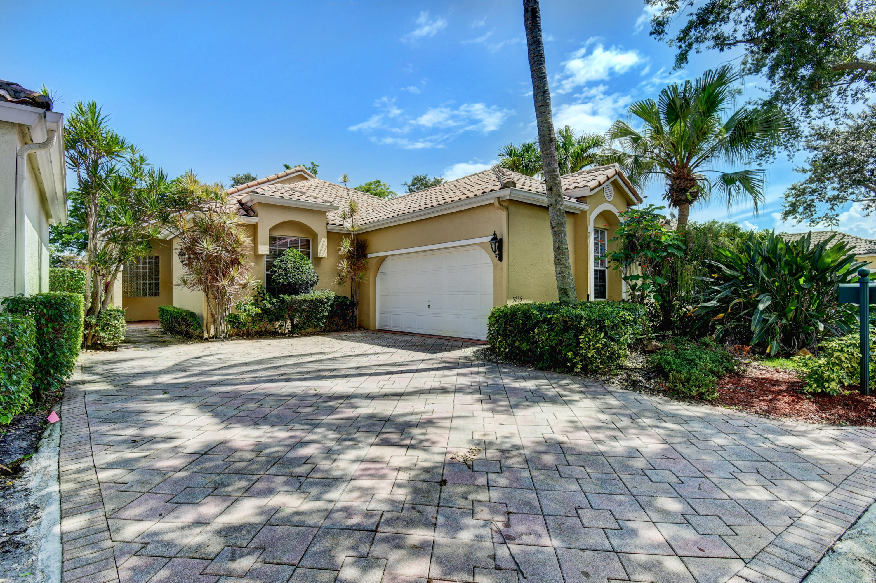 5255 Brookview Drive  Boynton Beach FL 33437
