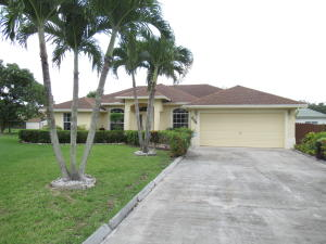 204 Park Road N, Royal Palm Beach, FL 33411