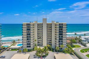 100 Beach Road, 202, Tequesta, FL 33469