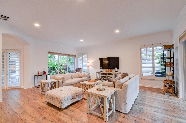 2711 Twin Oaks Way, Wellington, Florida 33414, 3 Bedrooms Bedrooms, ,3 BathroomsBathrooms,Single Family,For Rent,Palm Beach Polo & CC,Twin Oaks,1,RX-10531361