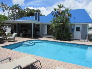 Cabana bath door leads to the pool.