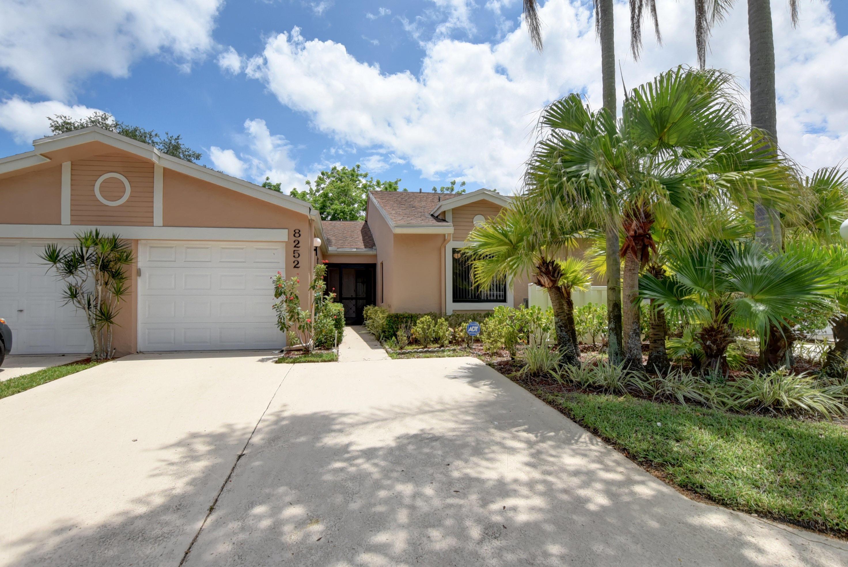 8252 Summerbreeze Lane Boca Raton, FL 33496