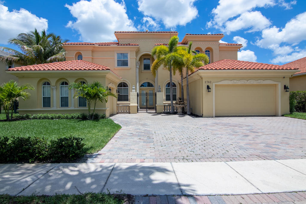 Home for sale in Olympia/postley Wellington Florida