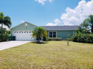 900 SW Dubois Avenue, Port Saint Lucie, FL 34953