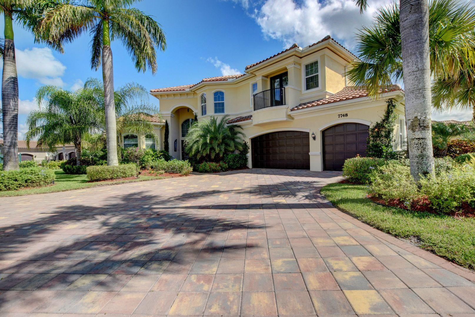 7748 Maywood Crest Drive, Palm Beach Gardens, Florida 33412, 5 Bedrooms Bedrooms, ,6.1 BathroomsBathrooms,Single Family,For Sale,Maywood Crest,RX-10532517