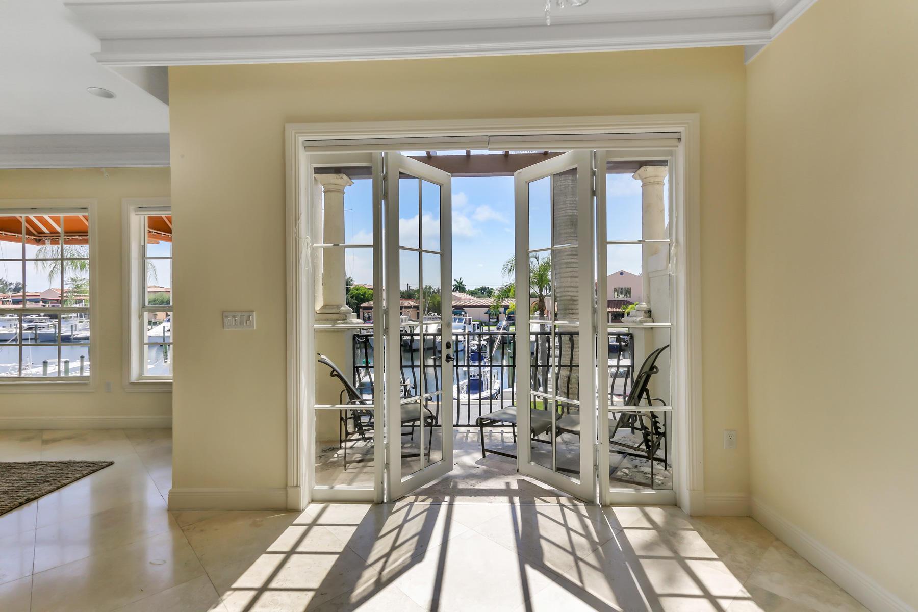 4 Marina Gardens Drive Palm Beach Gardens, FL 33410