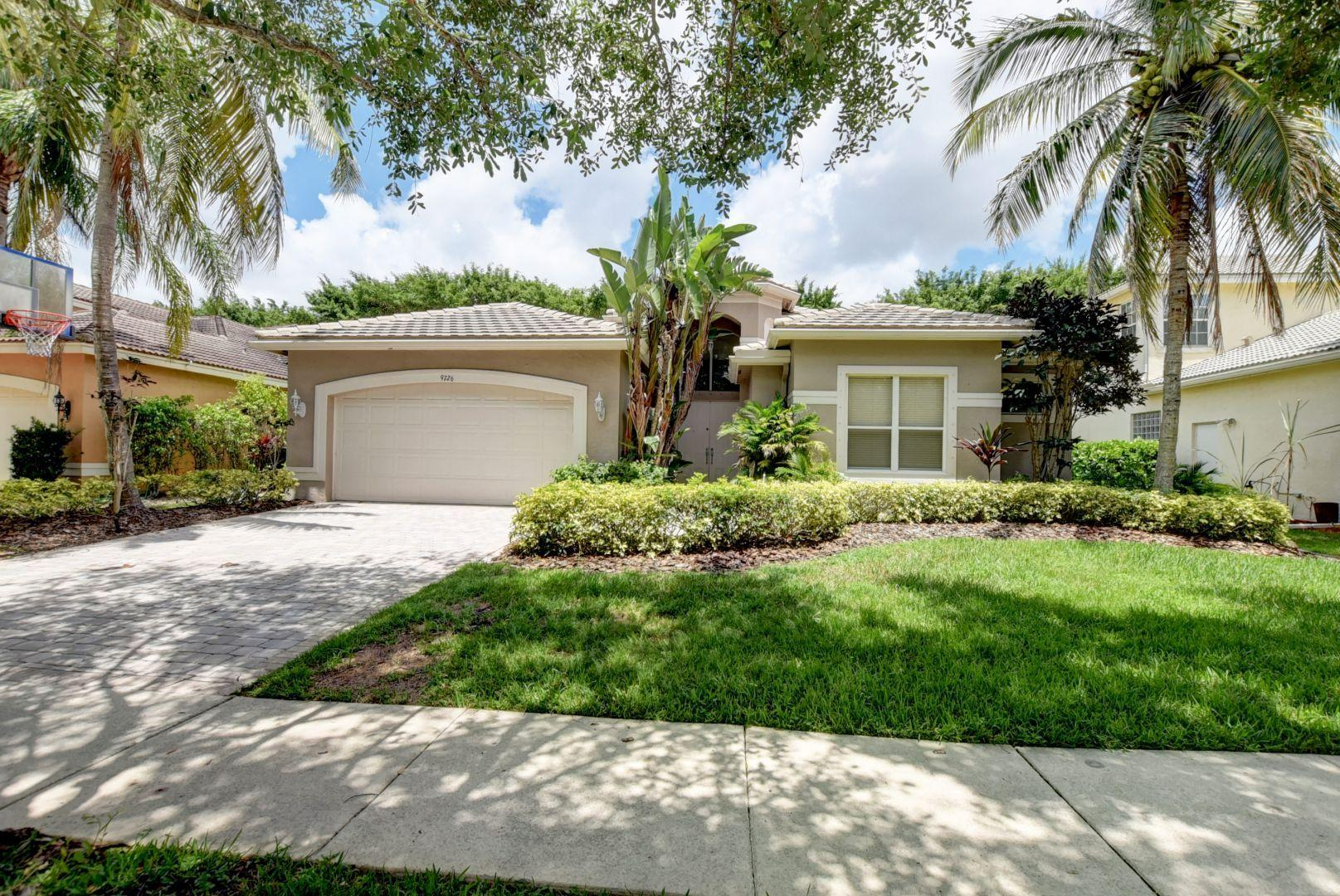 Photo of 9726 Napoli Woods Lane W, Delray Beach, FL 33446