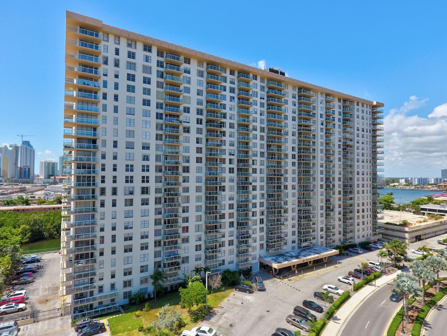 230 174th Street 518, Sunny Isles Beach, FL 33160