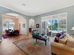 445 Pine Tree Court, Atlantis, FL 33462