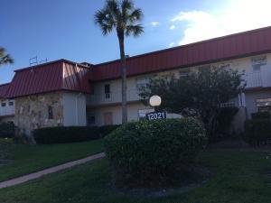 12021 W Greenway Drive, 104, Royal Palm Beach, FL 33411