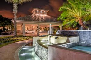 6891 Queenferry Circle Boca Raton FL 33496