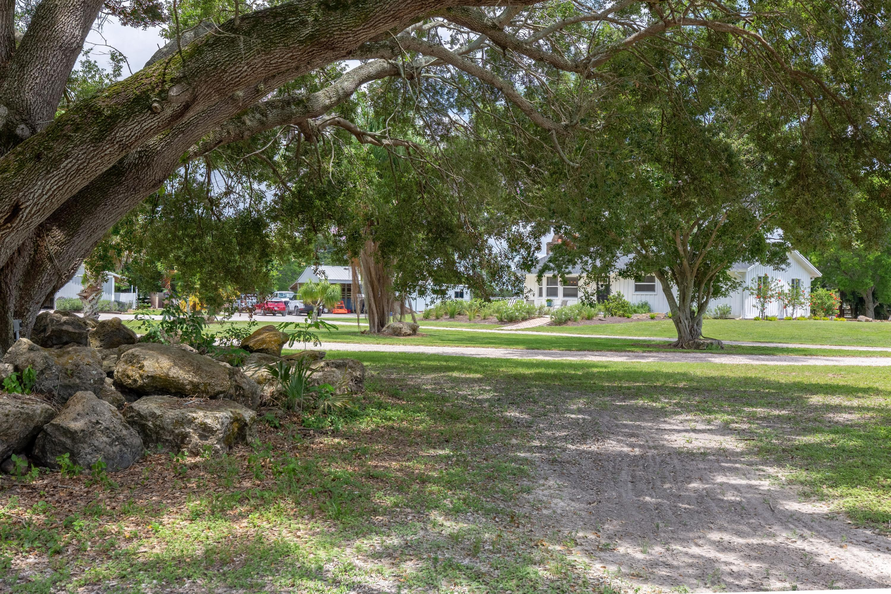 Wellington- Florida 33414, 2 Bedrooms Bedrooms, ,2 BathroomsBathrooms,Residential,For Sale,Cindy Circle,RX-10533787
