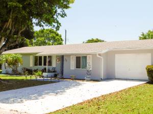 25 W Pine Tree Avenue, Lake Worth, FL 33467
