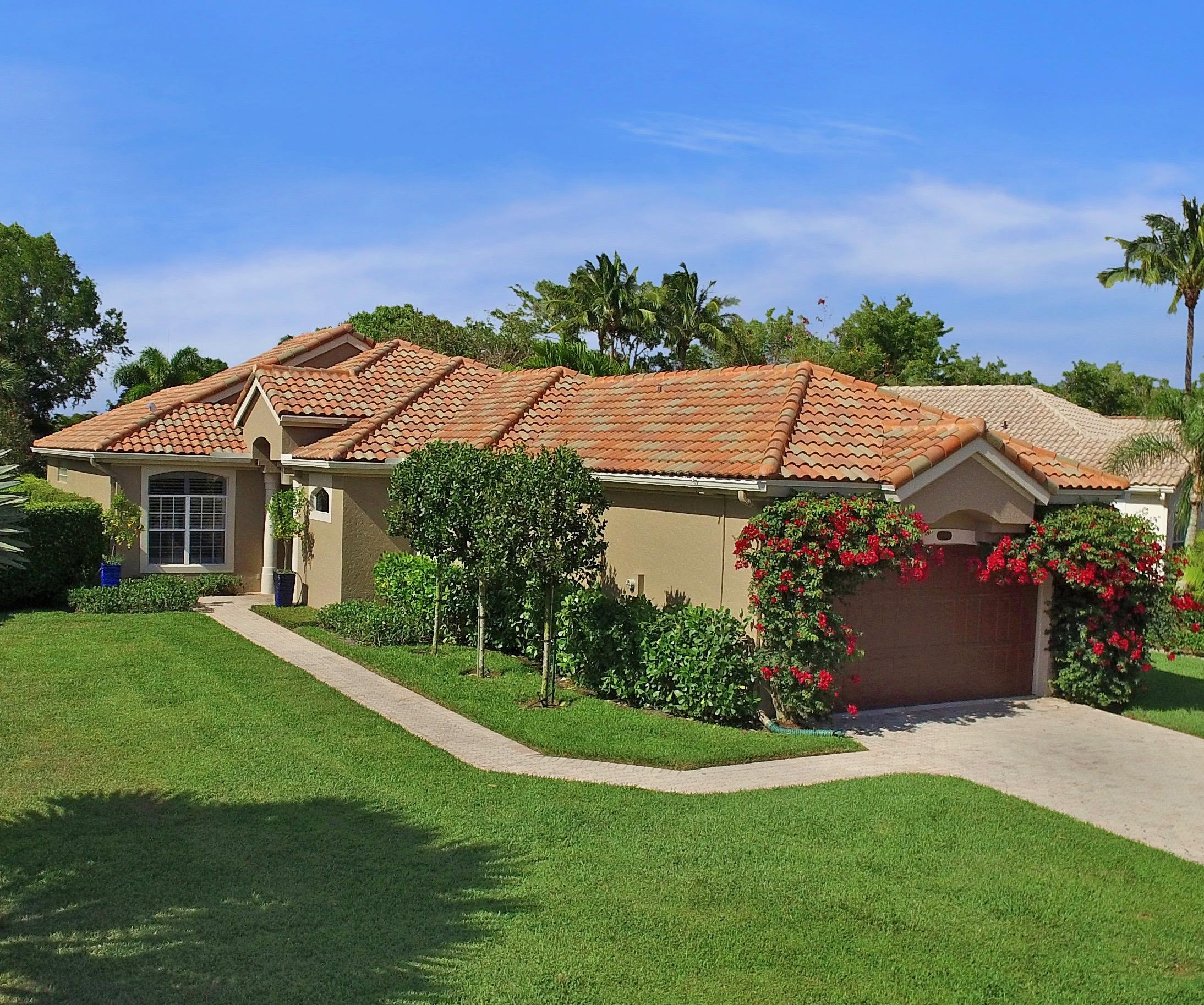 Wellington, Florida 33414, 2 Bedrooms Bedrooms, ,2 BathroomsBathrooms,Residential,For Sale,Mallet,RX-10534001