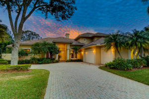 5 Cambria Road E, Palm Beach Gardens, FL 33418