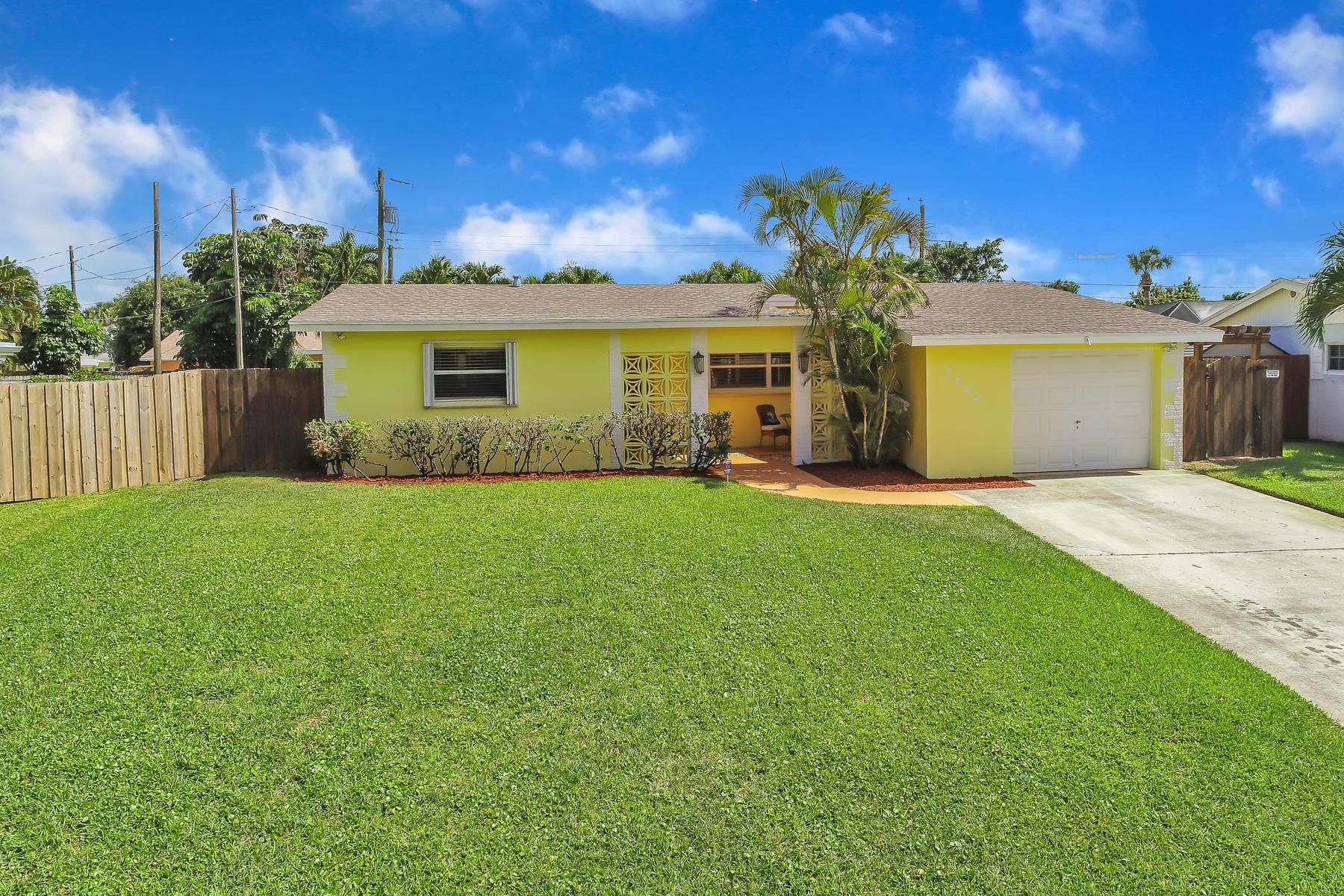 3644 Daphne Avenue Palm Beach Gardens FL 33410