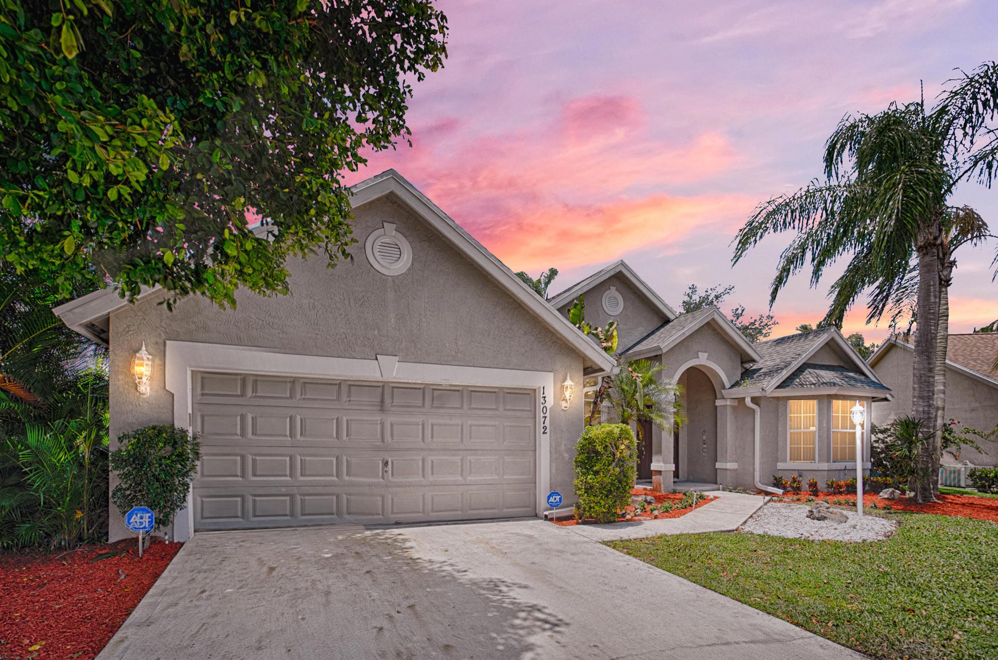 Wellington- Florida 33414, 3 Bedrooms Bedrooms, ,2 BathroomsBathrooms,Residential,For Sale,Meadowbreeze,RX-10530469