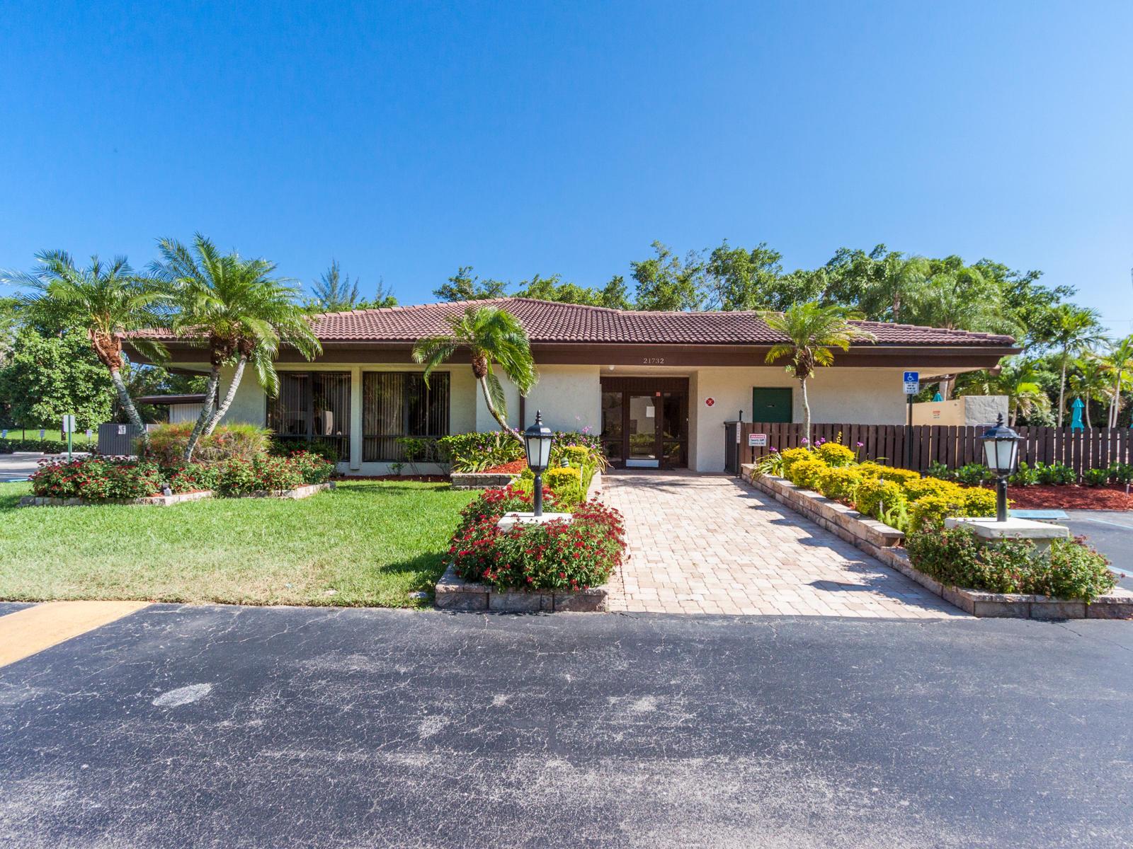 21856 Arriba Real #5-b Boca Raton, FL 33433