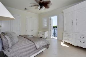 880 Dover Street Boca Raton FL 33487