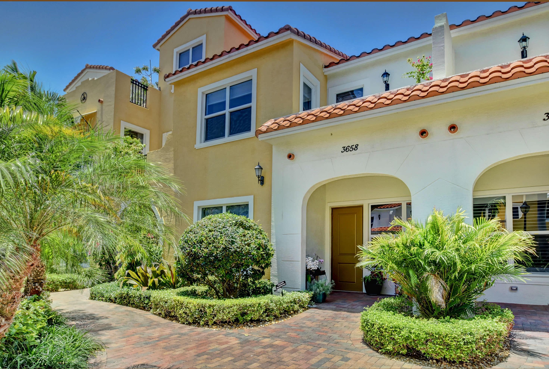 3658 Voaro Way, West Palm Beach, Florida 33405, 3 Bedrooms Bedrooms, ,2.1 BathroomsBathrooms,Townhouse,For Sale,VILLAS ON ANTIQUE ROW,Voaro,RX-10512063