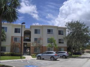 4307 Myrtlewood Circle E, Palm Beach Gardens, FL 33418