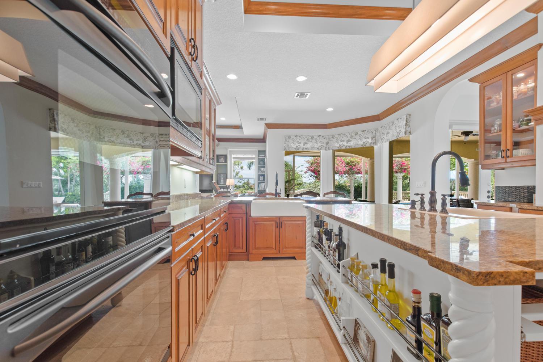 15511 Ocean Breeze Lane, Wellington, Florida 33414, 4 Bedrooms Bedrooms, ,4.1 BathroomsBathrooms,Single Family,For Sale,Palm Beach Point,Ocean Breeze,RX-10535938