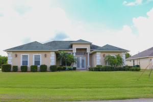 333 SW Kestor Drive, Port Saint Lucie, FL 34953