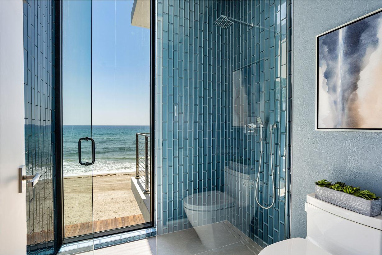 3492 Ocean Boulevard, South Palm Beach, Florida 33480, 5 Bedrooms Bedrooms, ,5 BathroomsBathrooms,Single Family,For Sale,Ocean,RX-10526411