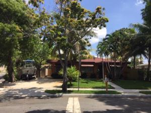 1137 Oak Street, West Palm Beach, FL 33405