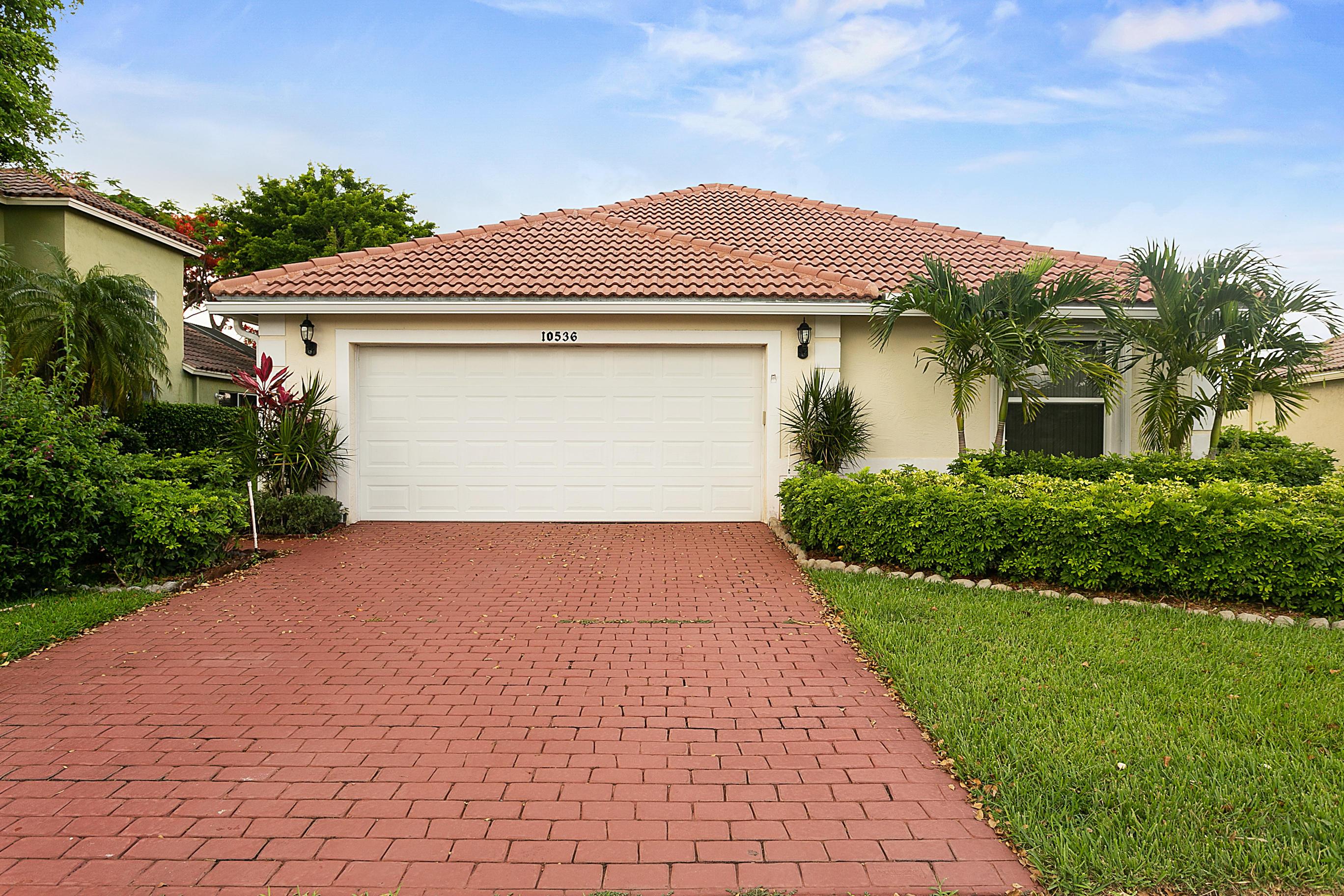 10536 Plainview Circle Boca Raton, FL 33498