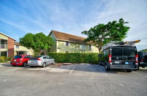 12070 Alternate A1a, #D3, Palm Beach Gardens, FL 33410