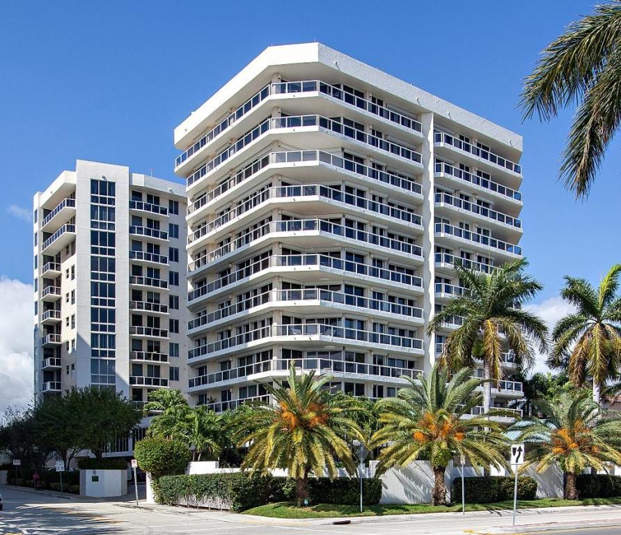 1617 N Flagler Drive West Palm Beach FL 33407