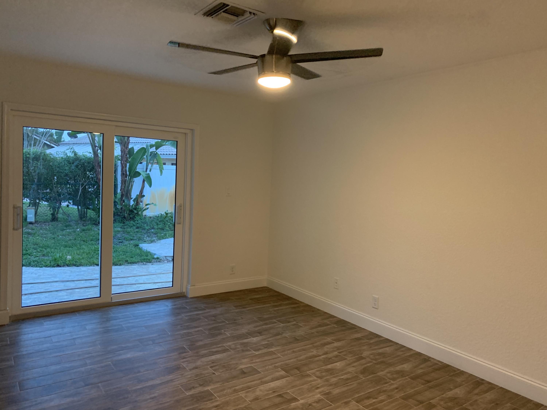 8944 Escondido Way Boca Raton, FL 33433