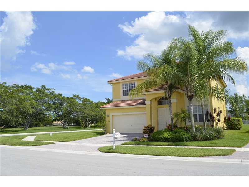Wellington- Florida 33414, 4 Bedrooms Bedrooms, ,3 BathroomsBathrooms,Rental,For Rent,Newquay,RX-10538046