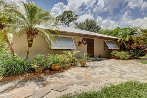 6105 Yucca Drive, Fort Pierce, FL 34982
