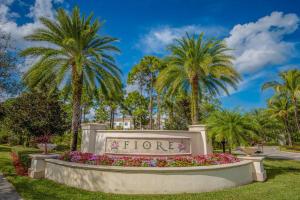1208 Myrtlewood Circle E, Palm Beach Gardens, FL 33410