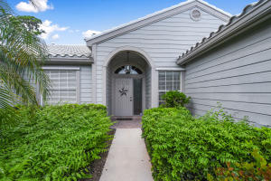 8914 SE Riverfront Terrace, Tequesta, FL 33469